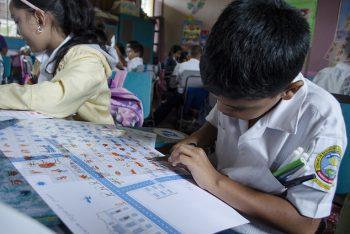 niño-escuela