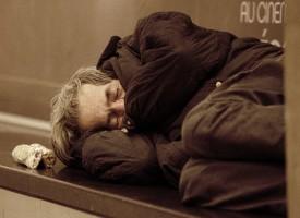 El Ayuntamiento de Barcelona formará educadores para detectar trastornos mentales en gente sin hogar