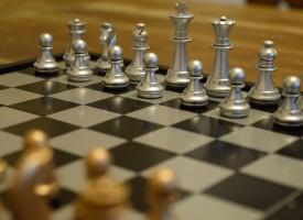 Un tablero de ajedrez para combatir las adicciones