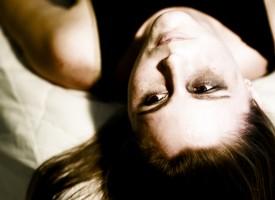 Ser mujer es el segundo factor de riesgo para sufrir depresión tras los antecedentes familiares