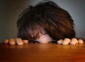 Analizan la relación que existe entre los traumas en la niñez y el desarrollo de trastornos psicológicos
