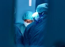 El MIR cirujano sufre agotamiento emocional, depresión e ideas suicidas