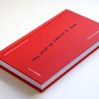 Se presenta un poemario que incluye textos de personas con trastorno mental