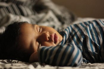 niño-duerme