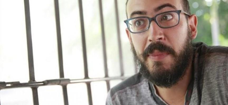 El escritor Enrique González rechaza la connotación negativa de la esquizofrenia