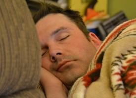 Investigadores identifican rasgos hereditarios relacionados con los ciclos de sueño-vigilia y la actividad cerebral