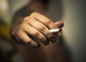El consumo diario de tabaco se asocia a un mayor riesgo de sufrir enfermedades mentales graves