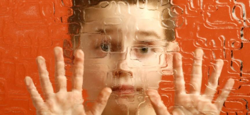 El autismo se puede heredar si se tiene parientes con epilepsia