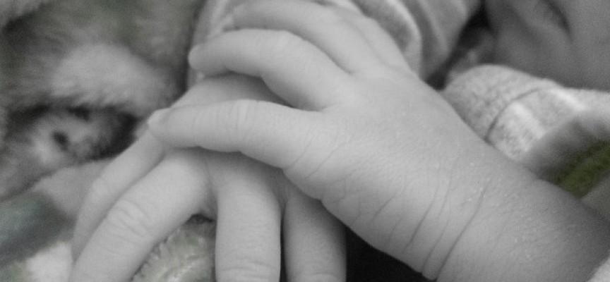 Una mayor edad materna y paterna se vincula a un mayor riesgo de los niños de desarrollar autismo