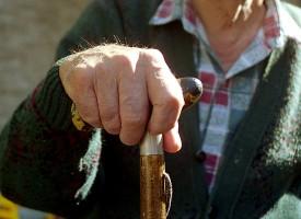 Sentirse solo aumenta el riesgo de desarrollar Alzheimer
